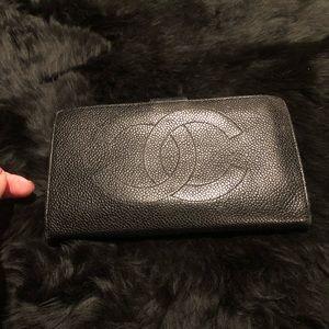 CHANEL Black Caviar Leather CC Logo